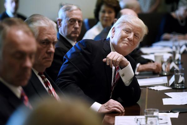 Donald+Trump+President+Trump+Leads+Cabinet+v4G7bgOgRF8l