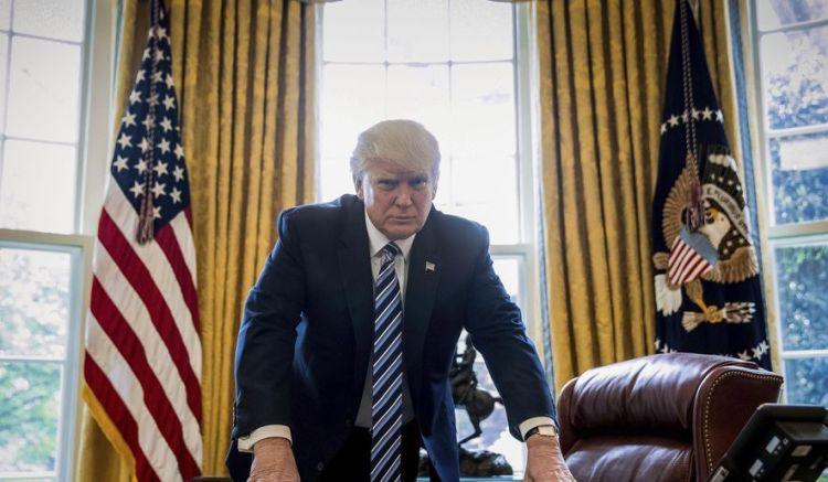 Trump_Oval_c0-0-4837-2820_s885x516