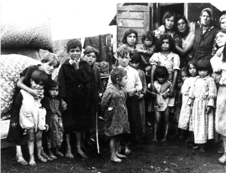 Gypsy-children-auschwitz