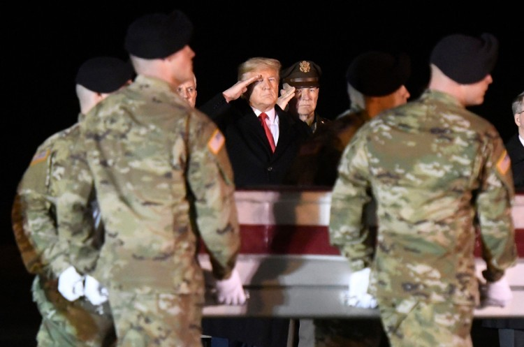 trump-soldiers